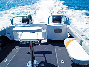 ACE GLIDER 750 - Leisure Boating Magazine