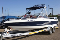 22 FT TIGE WAKE BOAT