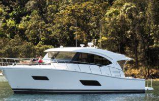 Riviera Yachts 525 SUV IPS