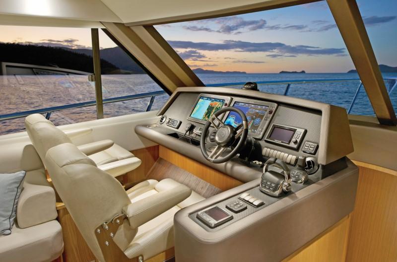 Riviera Marine 515 suv
