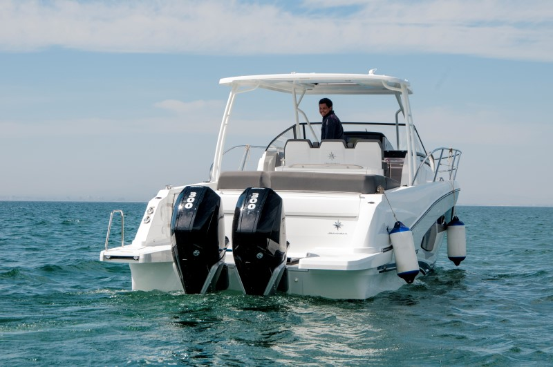 Outboard Motor Review: New Mercury Verado 300 HP V8 | Leisure Boating