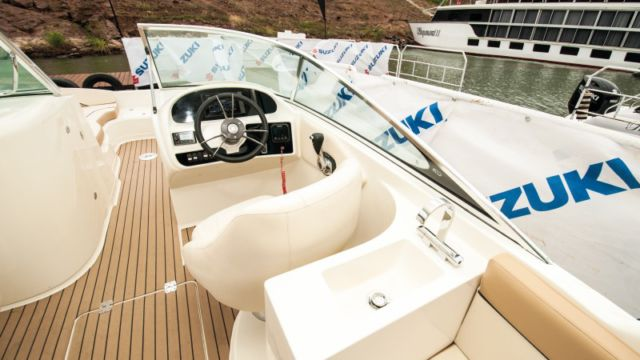 Sensation 26 deck outboard